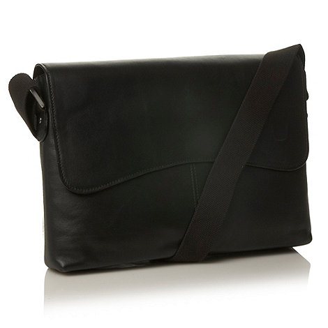 Hidesign - Black leather +Melrose Place+ shoulder bag