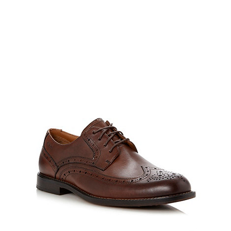 Clarks - Wide fit brown leather +Dorset Limit+ brogues