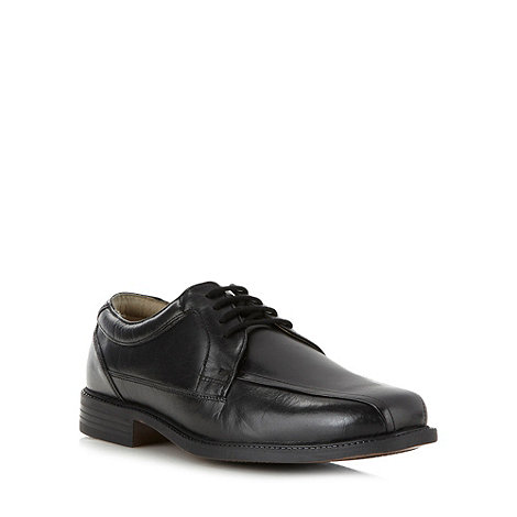 Clarks - Wide fit black +Bravo Stride+ shoes