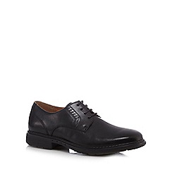 Clarks - Big and tall black 'Un Walk' shoes