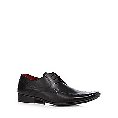 Red Tape - Black leather tramline stitched shoes