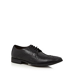 Clarks - Black leather 'Chart Limit' wing tip brogues