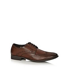 Clarks - Brown leather 'Chart Limit' wing tip brogues