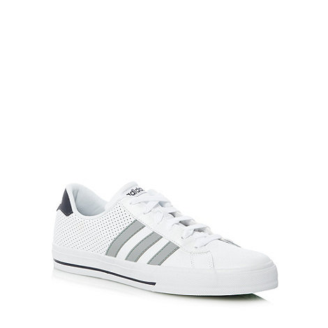 adidas - White +Daily Vulc+ trainers