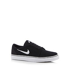 Nike - Black 'Satire Q4' lace up trainers