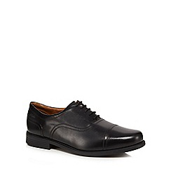 Clarks - Black 'Beeston Cap' extra wide fit shoes