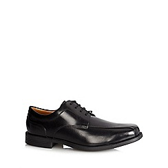 Clarks - Black 'Beeston Stride' leather shoes