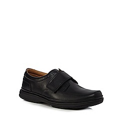 Clarks - Black leather 'Swift Turn Flex flight' shoes