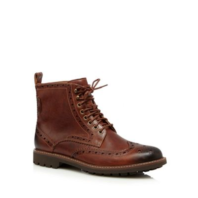 Clarks Brown leather ´Montacute Lord´ brogue boots - . -