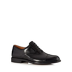 Clarks - Black leather 'Dorset Boss' wide fit shoes