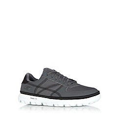 Skechers - Grey 'On The Go Court' trainers