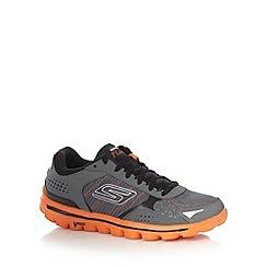 Skechers - Grey 'GOWalk 2 Flash' trainers