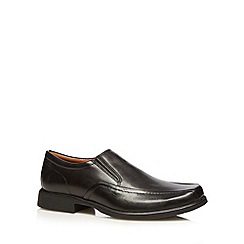 Clarks - Black 'Huckley' leather slip on shoes