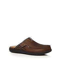 Clarks - Brown 'UnBryman Cove' leather mules