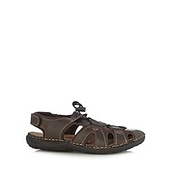 Mantaray - Chocolate cutout sandals