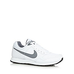 Nike - White 'MD Runner' trainers