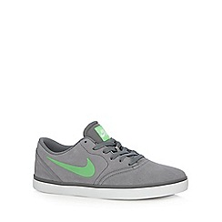 Nike - Grey 'SB Check' trainers