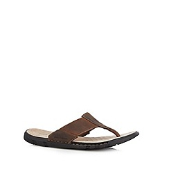 Hush Puppies - Brown leather flip flops