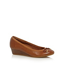 Hush Puppies - Tan leather perforated toe mid wedges