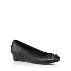 Hush Puppies - Black bow mid wedges
