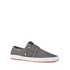 Fish 'N' Chips - Grey weave slip ons