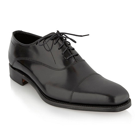 Loake - Black +Cagney+ toe cap shoes