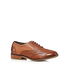 Hush Puppies - Tan leather low heeled brogues