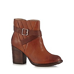 Hush Puppies - Maroon 'Darby Dewey' ankle boots