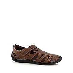 Mantaray - Brown leather closed toe sandals
