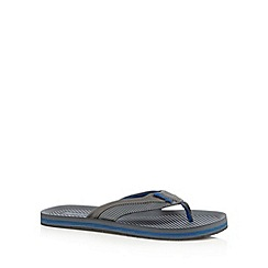 Mantaray - Grey debossed sandals