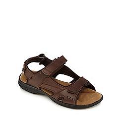 Mantaray - Dark brown leather walking sandals
