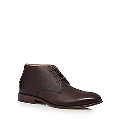 Jeff Banks - Dark brown tumbled Chukka boots