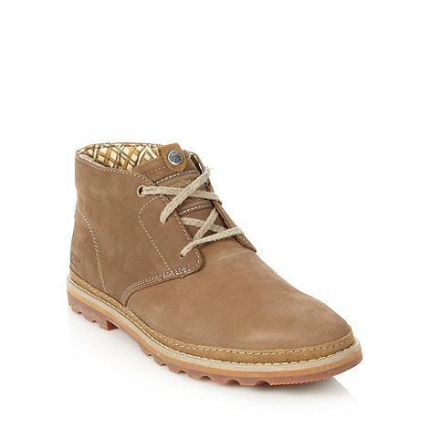 Caterpillar - Tan suede chukka boots