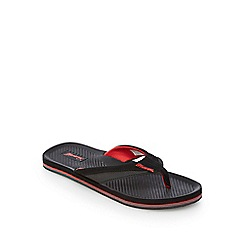 Mantaray - Black and red toe post flip flops