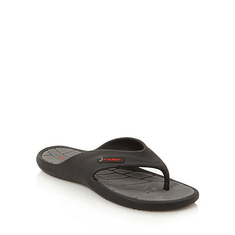 Rider - Black curved strapped flip flops