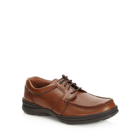 Clarks - Clarks brown +Line Path+ apron front shoes