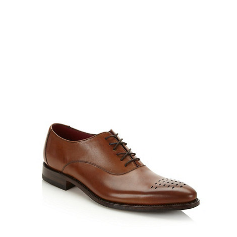 Loake - Tan etched pointed toe shoes