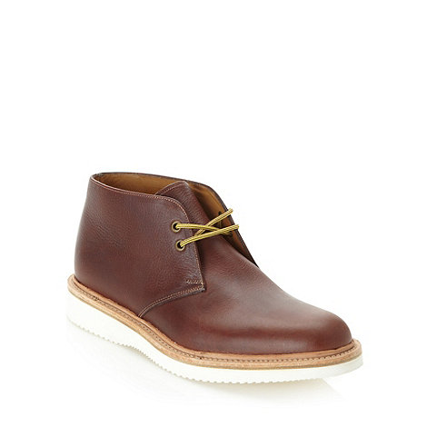 Loake - Dark brown grained leather chukka boots
