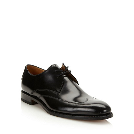 Loake - Designer black wing tipped leather shoes