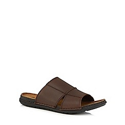 Mantaray - Brown leather 'Atlantic' slip on sandals
