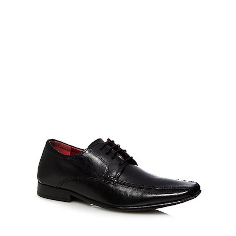 Red Tape - Black leather tramline shoes