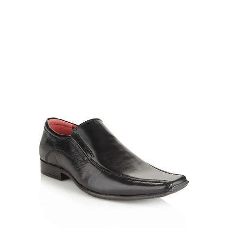 Red Tape - Black leather square toed slip on shoes