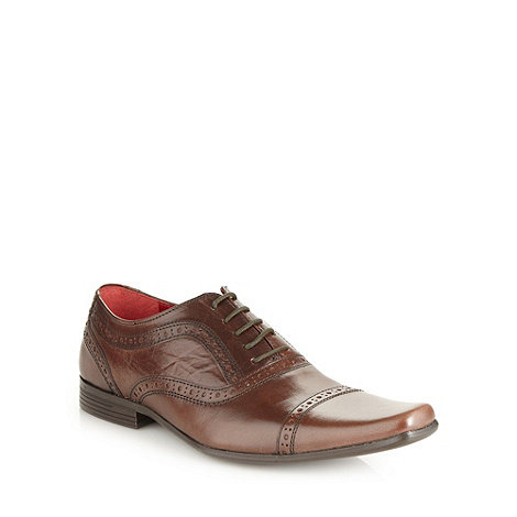 Red Tape - Brown square toed brogues