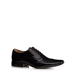 Jeff Banks - Designer black coated leather capped shoes