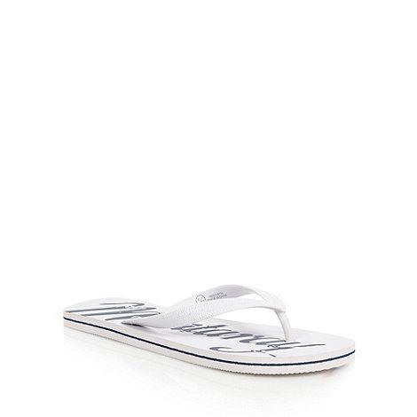 Mantaray - White brand logo flip flops