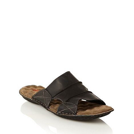 Mantaray - Black stab stitched leather sandals
