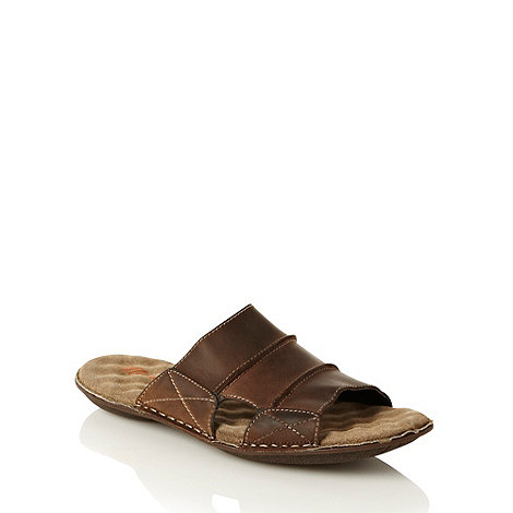 Mantaray - Brown stab stitched leather sandals
