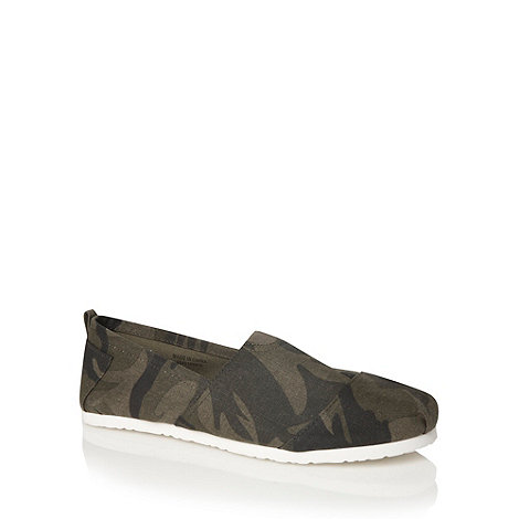 Red Herring - Khaki camouflage slip on shoes
