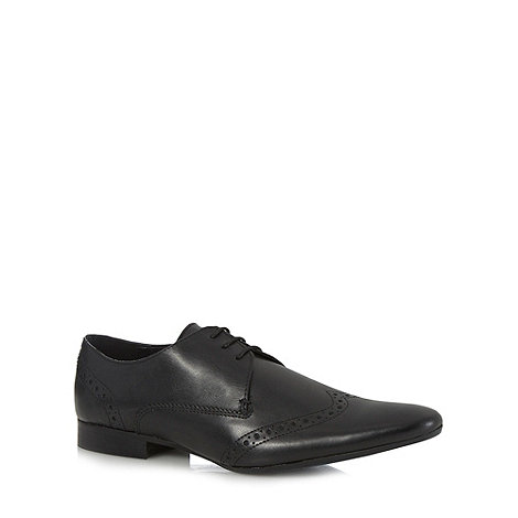 Red Herring - Black leather pointed toe brogues