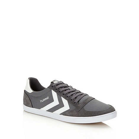 Hummel - Grey suede panel trainers